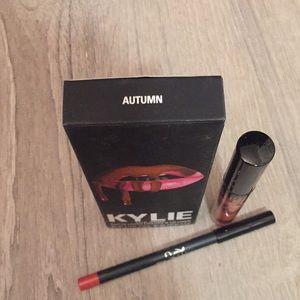 Kylie Cosmetics Makeup - Kylie matte liquid lipstick and liner